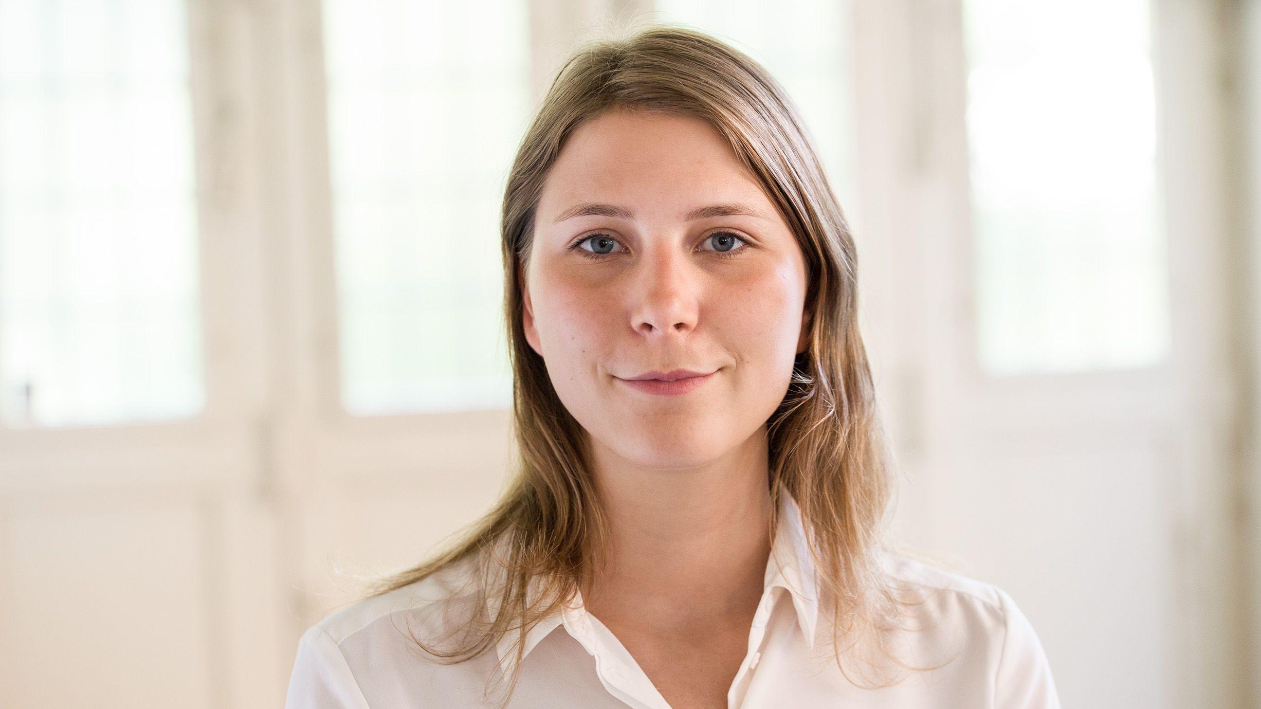 Lea von Bidder ist «HSG Gründerin des Jahres 2017»